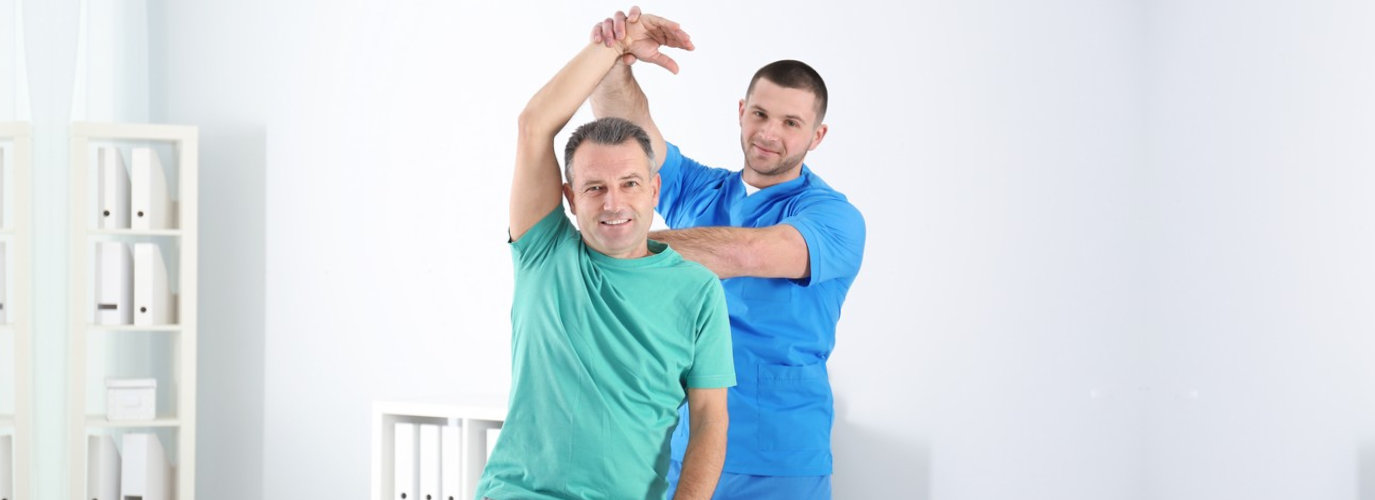 doctor consulting his patient